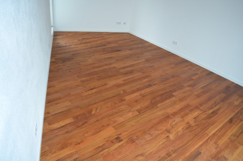 parkett sonderangebote in m nchen landhausdielen. Black Bedroom Furniture Sets. Home Design Ideas